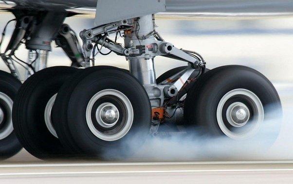 Image result for لاستیک هواپیما